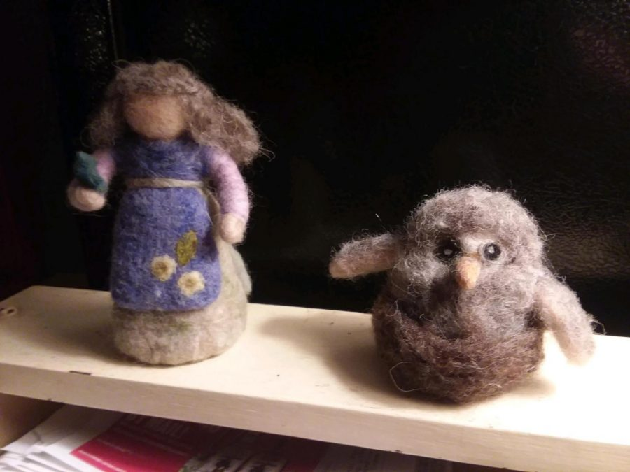 Martha%27s+needle+felted+bird+and+grandmother.