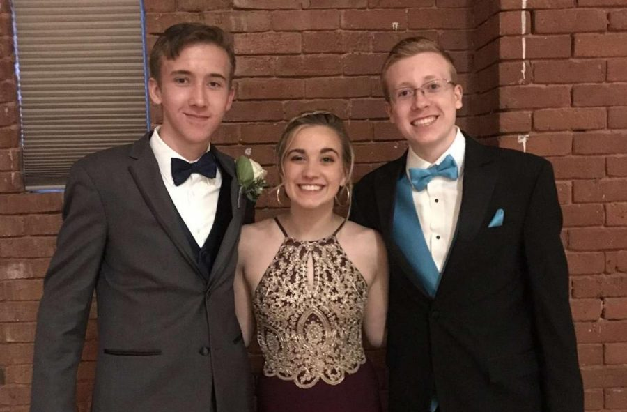 Jared+Steil%2C+Kelsey+Gregorio%2C+and+Adam+Zienkiewicz+pictured+at+their+junior+year+prom.
